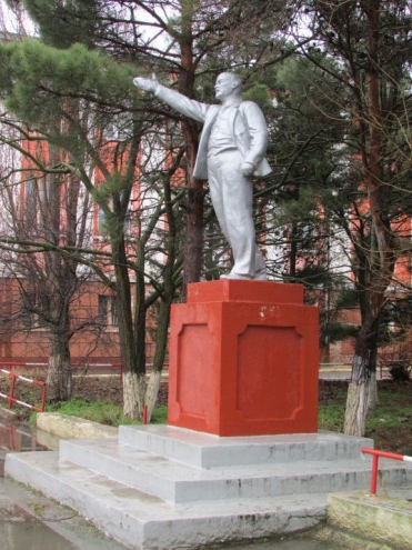 Памятник с семейный Карсун Эконом памятник Купола с профильной резкой Сосновка